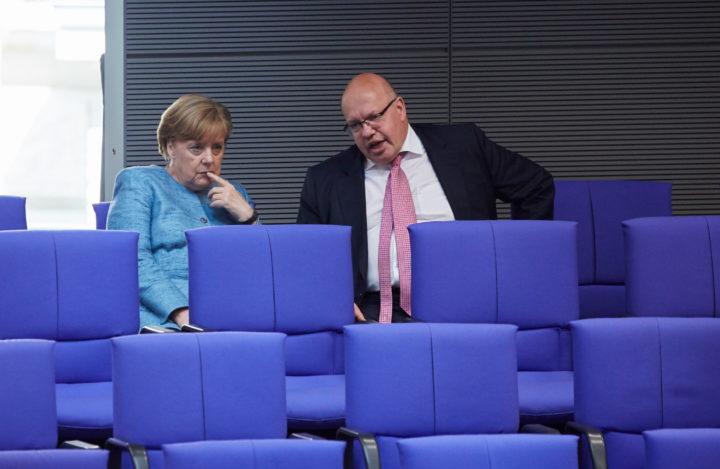Merkel met Altmaier