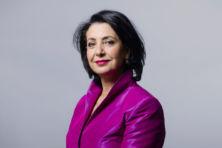 Khadija Arib: 'Breid de Tweede Kamer uit tot 151 leden'