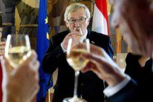 Geërgerde Juncker: Niet gedronken, maar beenkrampen