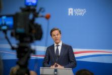 Rutte wil 'recht doen aan journalistieke productie' en houdt zich op de vlakte