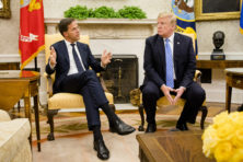 Met premier Rutte het Oval Office in (video)