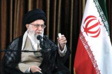 Trump moet korte metten maken met Iran