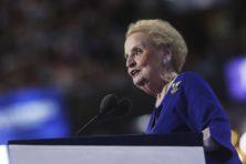 Gevaarlijk hoe Clinton-aanhanger Albright democratie verzwakt