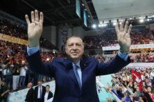 Erdogan is de sultan van Lira met vele nullen
