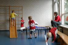 Niet scholen, maar ouders moeten zorgen dat kinderen meer bewegen