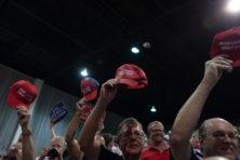 Waarom Republikeinen Trump-kamp verlaten