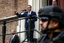 Politiek toont dubbele moraal op Grote Markt in Haarlem