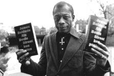 Uitgeverij De Geus censureert vertaler Harm Damsma en verbiedt 'neger' in vertaling James Baldwin