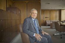 Wie is de gehate filantroop George Soros?