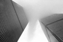 Let the Great World Spin: schaduw van 9/11