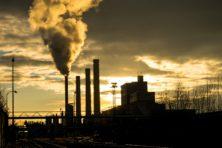 Van gas af gaan versterkt juist de opwarming