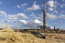 Meevaller aan de pomp door dalende olieprijzen