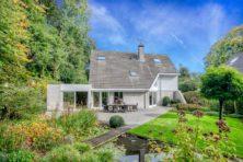 Verrassend huis te koop in chique Laren
