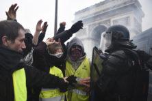 Macrons knieval maakt Frankrijk niet beter