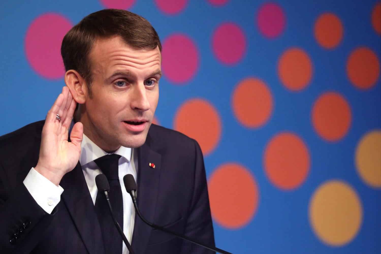 Europeanist Emmanuel Macron plaatst zichzelf tegenover het nationalisme