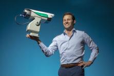 Steinar Henskens bedacht lasers om vogels te verjagen