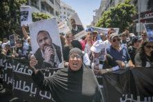 Keiharde repressie brengt revolutie in gevaar