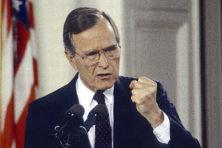 President dreigt in zelfde val als Bush sr. te trappen