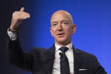 Amazon-baas Bezos onthult chantage