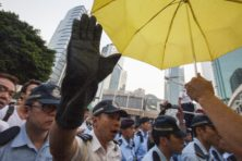 Waarom Peking zo meedogenloos is tegenover gele-parapludragers