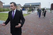 'Asielbus Ter Apel-Emmen is bizar plan'