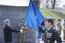 Inwoners van NAVO-lidstaten zijn nu eenmaal gelukkiger