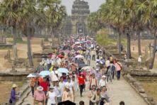 Tempelcomplex gaat gebukt onder massatoerisme