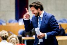 Den Haag weet zich geen raad met Baudets omgevallen boekenkast