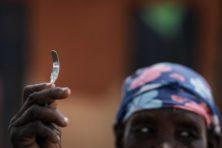 'Hersteloperatie na vrouwenbesnijdenis moet worden vergoed'