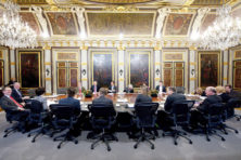 Belangenorganisaties zetten parlement buiten spel