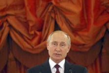 Deze Nederlandse politici knuffelen met Poetin