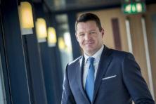KLM-baas Elbers: staat moet na aandelenaankoop ook Schiphol uitbreiden