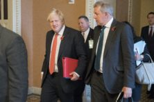 Ambassadeursrel overschaduwt strijd om Brits premierschap
