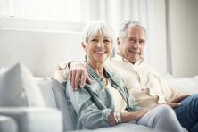 Op welke leeftijd gaan de inwoners van de Europese Unie echt met pensioen?