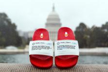 Presidentiële flip-flops nu ook te zien op slippers