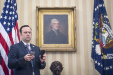 Joe Scavino: Trumps twittervinger