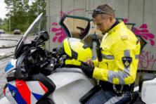 Lang niet iedereen lacht om 'lollige' politietweets