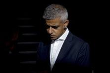 Schokkende misdrijven teisteren Londen van impopulaire Khan