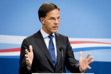 Zorgeloos koerst Rutte richting Prinsjesdag