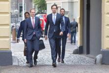 Nederland vraagt Timmermans om EU-vliegbelasting