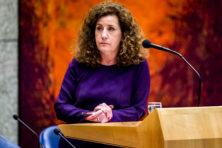 'Kabinet heeft niets te zeggen over aantal vrouwen in bedrijfstop'