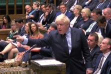 Verkiezingen lijken laatste optie voor premier Johnson