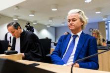 'Hof moet proces tegen Wilders staken'