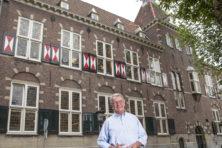 Huis, concertzaal, leeszaal en Ridderzaal
