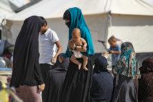 Bizar: kabinet neemt nationaliteit IS-vrouw af, maar wil haar wel hier berechten