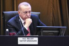 Erdogan dreigt Europa: Geld of anders gaan grenzen open