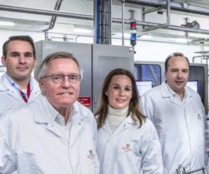 Vanaf links: Mark, Aldo, Jo-Anne, Sjoerd en Tjeerd van der Laan van Zwanenberg Food Group. Foto: Thijs Wolzak