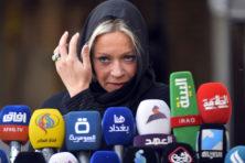 Hennis woont rouwplechtigheid Iraakse Hezbollah-leider bij