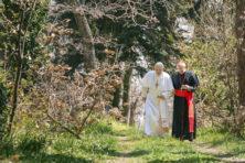 Tendentieuze film verklaart paus Franciscus nu al zalig