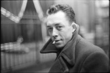 Albert Camus en de plicht om lief te hebben